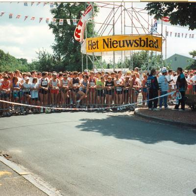 Lipton Ice Tea Run 1994 - net voor de start in de Koninginnelaan